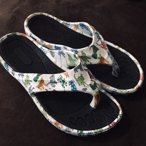 Shoes - Indoor Or Outdoor Assorted Dogs Shoes Size 8